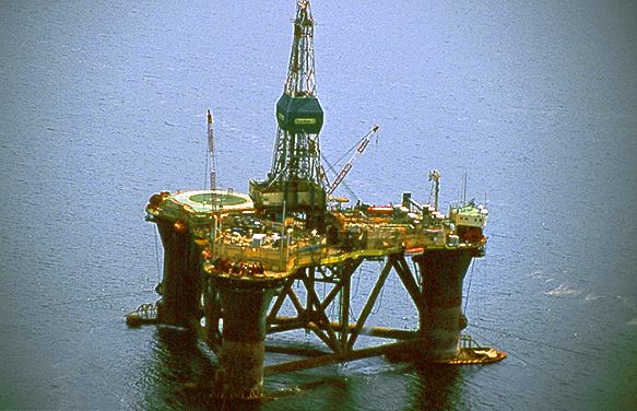 the brent spar accident Brent spar, or brent e, was a north sea oil storage and tanker loading buoy in the brent oilfield, operated by shell uk with the completion of a pipeline connection.
